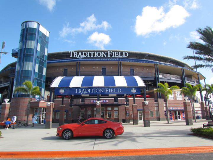 1526_Tradition_Field_Exterior